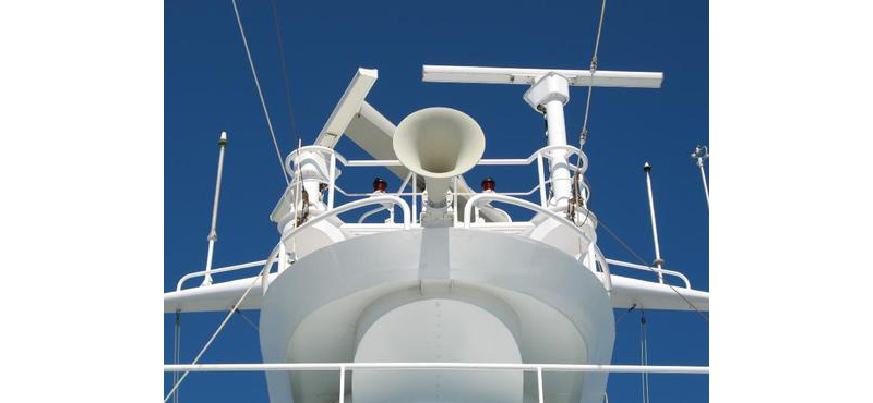 Let's Not Meet by Accident – Horn Signals at Sea